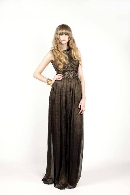 Clothing, Brown, Sleeve, Dress, Shoulder, Joint, Standing, One-piece garment, Waist, Formal wear,