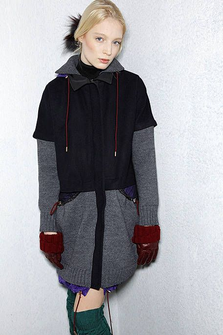 Clothing, Sleeve, Shoulder, Textile, Joint, Outerwear, Red, Collar, Style, Pattern,