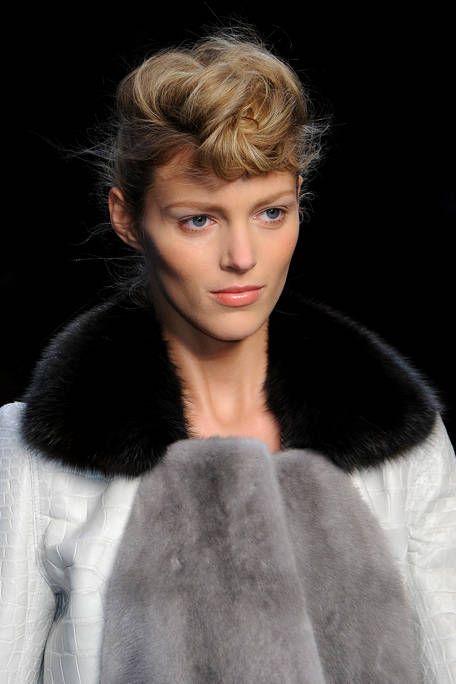 Lip, Hairstyle, Eyebrow, Textile, Style, Eyelash, Fashion model, Fashion, Fur clothing, Model,