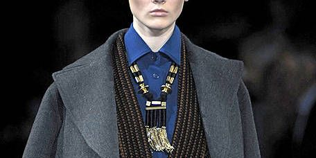 Collar, Coat, Outerwear, Style, Blazer, Fashion, Fashion show, Runway, Jacket, Street fashion,