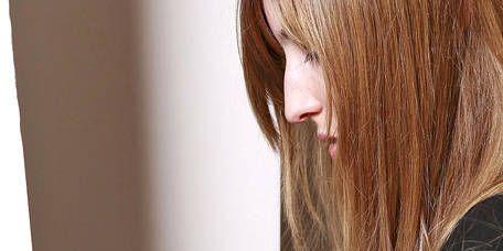 Hairstyle, Bangs, Long hair, Blond, Brown hair, Wine bottle, Layered hair, Red hair, Feathered hair, Hair coloring,