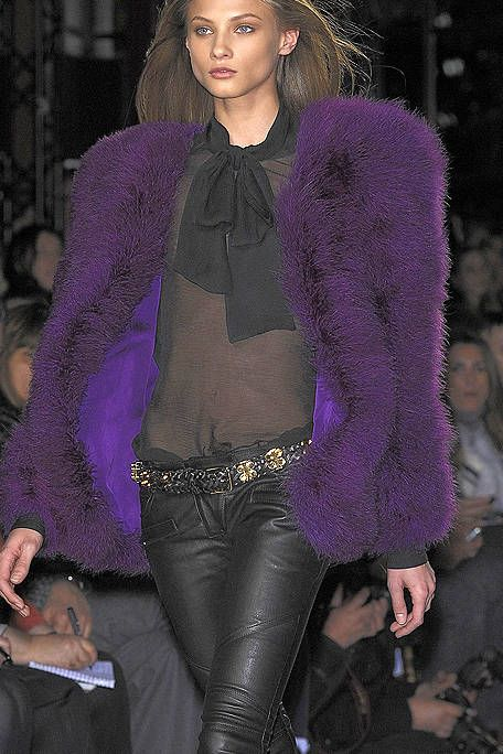 Textile, Purple, Thigh, Fashion, Violet, Magenta, Fashion model, Fur, Tights, Model,