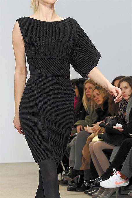 Clothing, Footwear, Leg, Sleeve, Human body, Shoulder, Joint, Dress, Outerwear, One-piece garment,