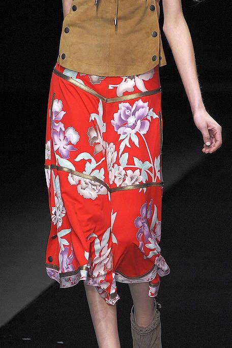 Clothing, Brown, Textile, Human leg, Style, Fashion, Orange, Waist, Pattern, Khaki,