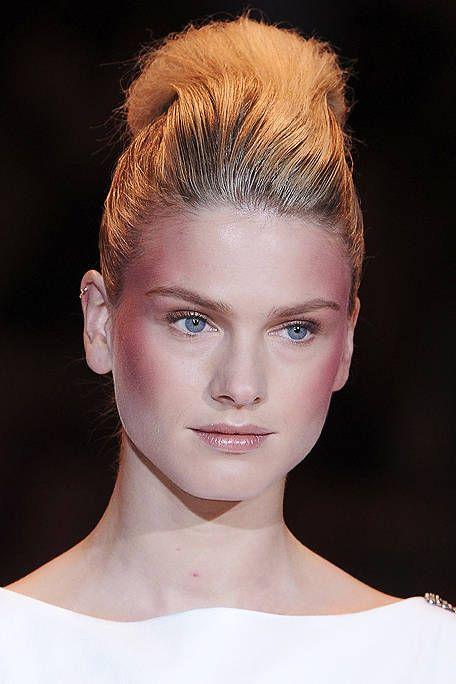 Hair, Head, Ear, Lip, Hairstyle, Skin, Chin, Forehead, Shoulder, Eyebrow,