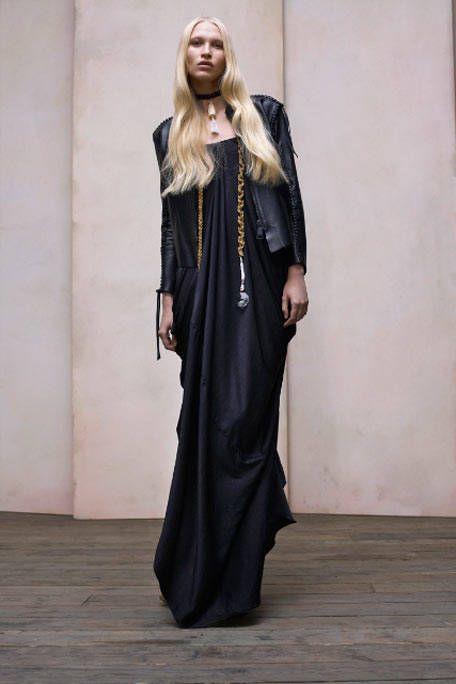 Clothing, Sleeve, Dress, Style, Formal wear, Fashion model, Street fashion, Costume design, One-piece garment, Costume,