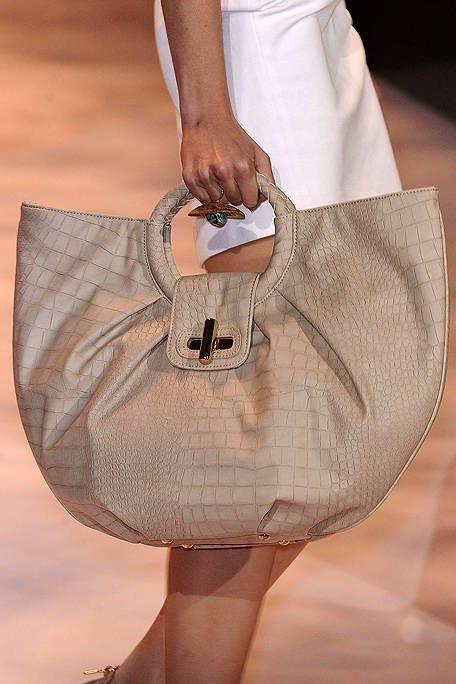 Textile, Fashion, Bag, Beige, Tan, Waist, Shoulder bag, Pocket, Cuff, Button,