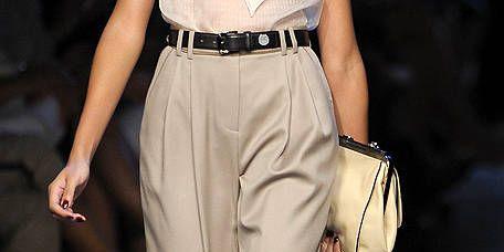 Brown, Joint, Style, Bag, Fashion, Waist, Fashion show, Fashion model, Beige, Runway,