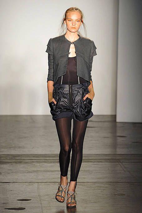Clothing, Sleeve, Shoulder, Human leg, Joint, Style, Knee, Fashion, Neck, Black,