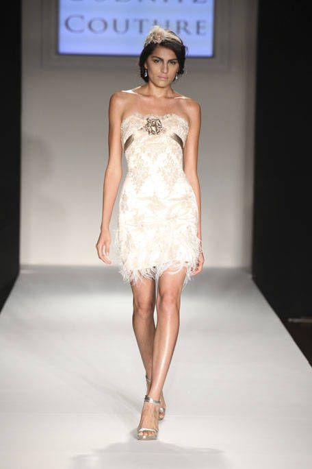 Clothing, Dress, Shoulder, Fashion show, Human leg, Joint, One-piece garment, Fashion model, Style, Waist,