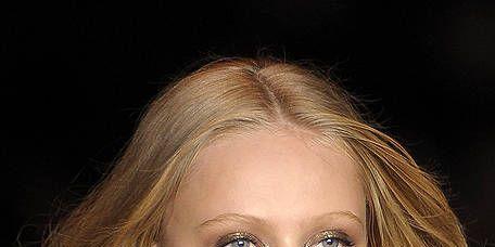 Lip, Hairstyle, Chin, Eyebrow, Style, Eyelash, Beauty, Fashion, Neck, Blond,