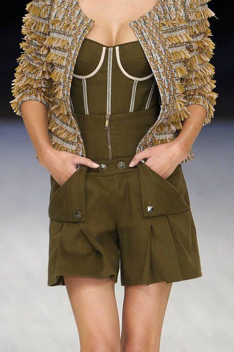 Clothing, Sleeve, Shoulder, Textile, Joint, Waist, Human leg, Khaki, Fashion model, Knee,