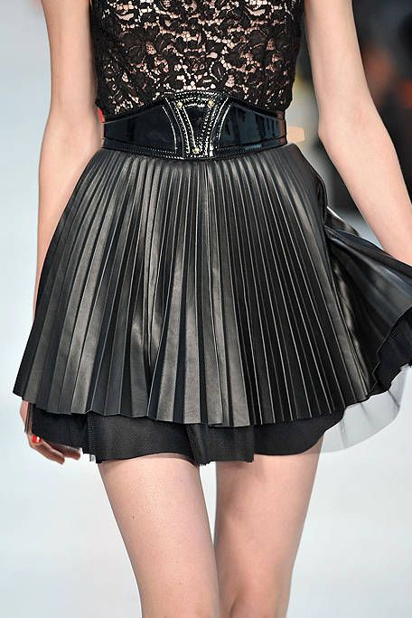 Shoulder, Joint, Waist, One-piece garment, Style, Dress, Day dress, Thigh, Cocktail dress, Fashion,