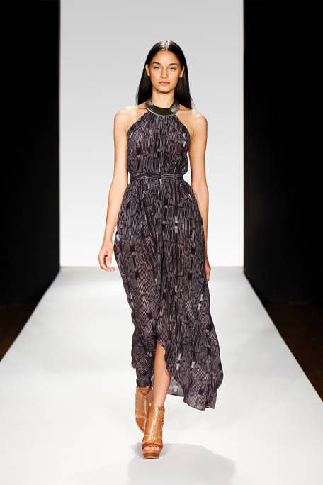 Clothing, Human body, Fashion show, Dress, Shoulder, Human leg, Joint, Fashion model, One-piece garment, Runway,