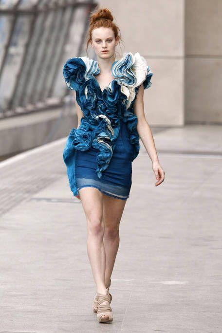 Clothing, Sleeve, Shoulder, Human leg, Dress, Joint, Fashion model, Style, Street fashion, One-piece garment,