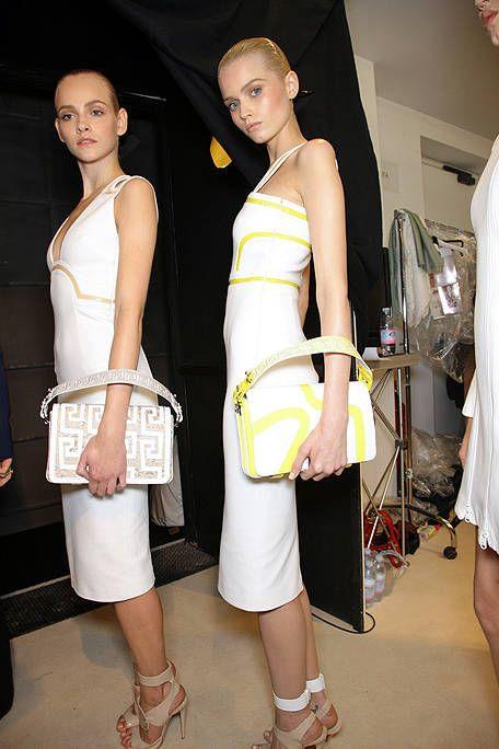 Clothing, Leg, Human leg, Shoulder, Joint, Style, Fashion accessory, Waist, Sandal, Dress,