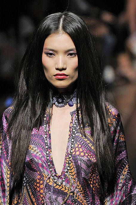 Lip, Hairstyle, Eyebrow, Eyelash, Style, Black hair, Fashion model, Street fashion, Beauty, Fashion,