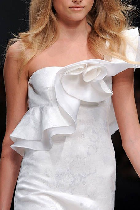 Clothing, Hairstyle, Skin, Shoulder, Joint, Bridal clothing, White, Dress, Gown, Beauty,
