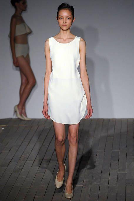 Clothing, Leg, Dress, Skin, Human body, Human leg, Shoulder, Standing, Joint, White,