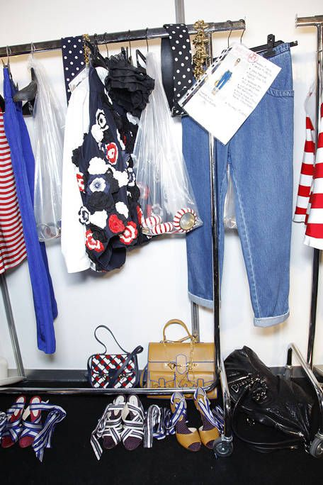 Flag, Bag, Shoulder bag, Luggage and bags, Clothes hanger, Baggage, Collection, Fashion design, Flag of the united states, Tote bag,