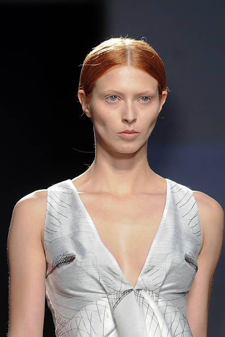 Clothing, Lip, Hairstyle, Skin, Shoulder, Eyebrow, Eyelash, Style, Chest, Fashion model,