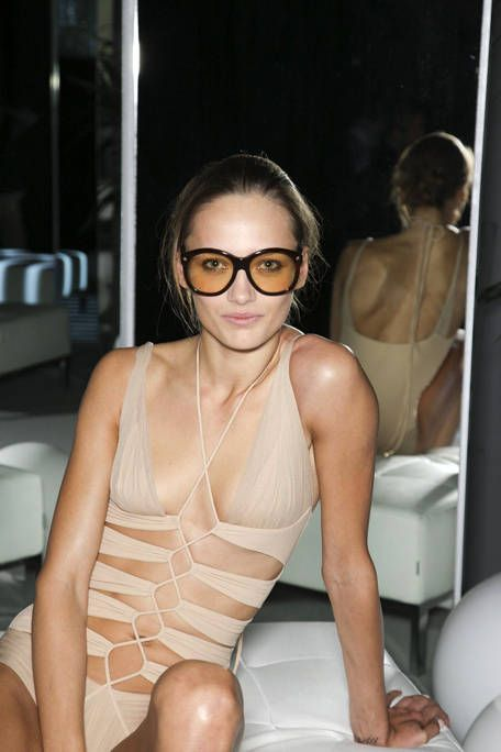 Eyewear, Shoulder, Chest, Joint, Fashion accessory, Thigh, Trunk, Black hair, Muscle, Undergarment,