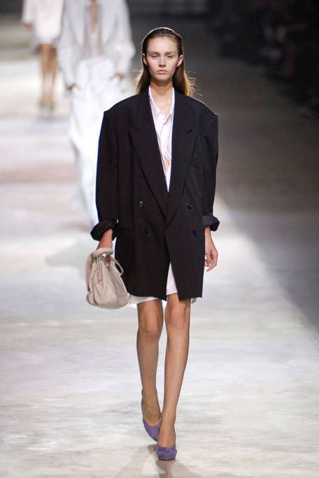 Clothing, Brown, Sleeve, Shoulder, Fashion show, Joint, Outerwear, White, Fashion model, Style,