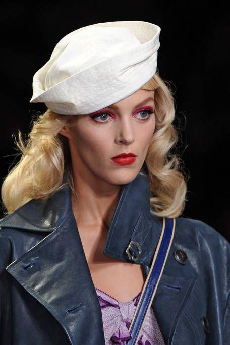 Clothing, Lip, Jacket, Outerwear, Coat, Collar, Headgear, Costume accessory, Fashion, Leather,
