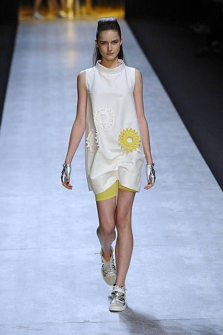 Clothing, Fashion show, Shoulder, Human leg, Runway, Joint, White, Style, Fashion model, Fashion accessory,