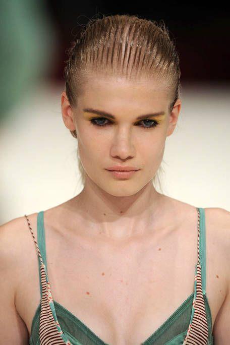 Clothing, Hair, Head, Ear, Lip, Hairstyle, Skin, Forehead, Shoulder, Eyebrow,