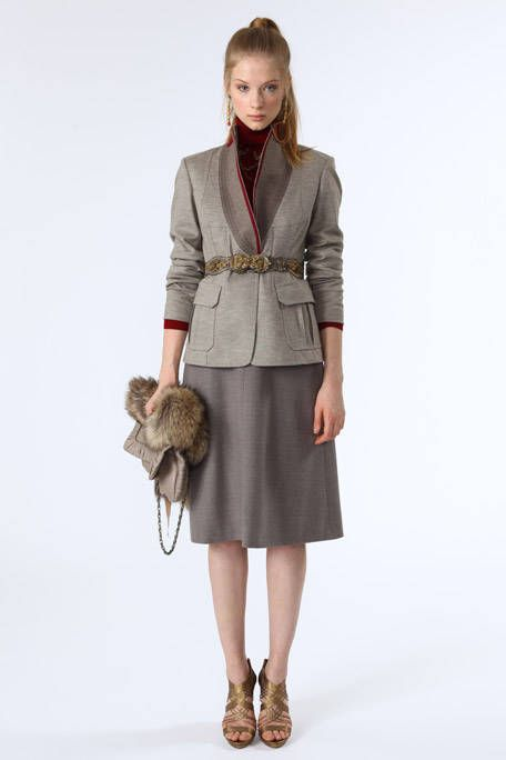 Clothing, Brown, Sleeve, Collar, Shoulder, Textile, Joint, Outerwear, Style, Waist,