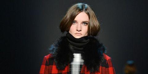Clothing, Plaid, Sleeve, Tartan, Textile, Collar, Pattern, Style, Fashion model, Street fashion,