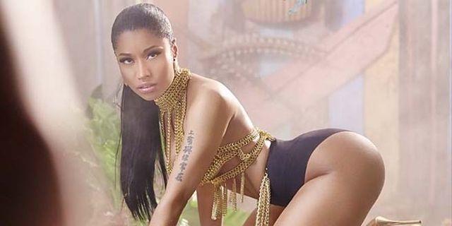 "Nicki Minaj's Video for ""Anaconda"" Is Here and it Is SOMETHING"