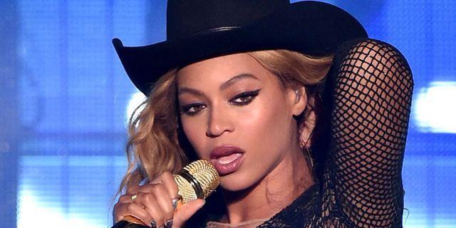 Beyoncé Addresses Elevator Incident in New Flawless Remix With Nicki Minaj