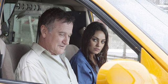 Robin Williams' Advice to Mila Kunis: 'Remember This Moment'