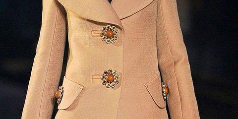 Vuitton FALL 2012 RTW details 001