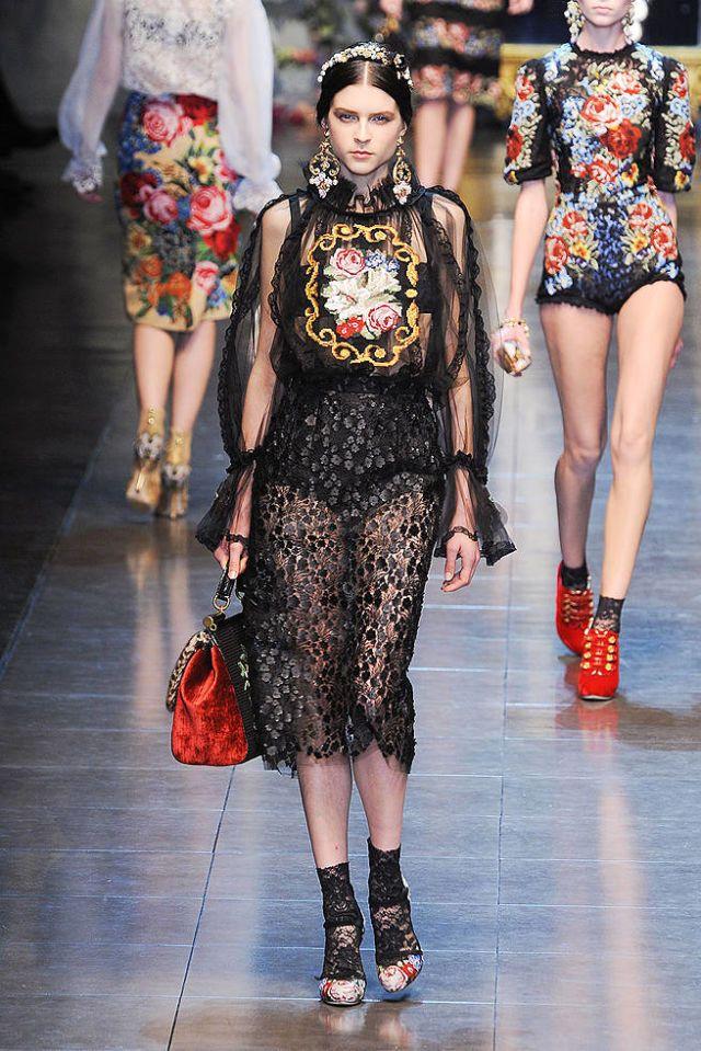 523a720971e Dolce   Gabbana Fall 2012 Runway - Dolce   Gabbana Ready-To-Wear Collection