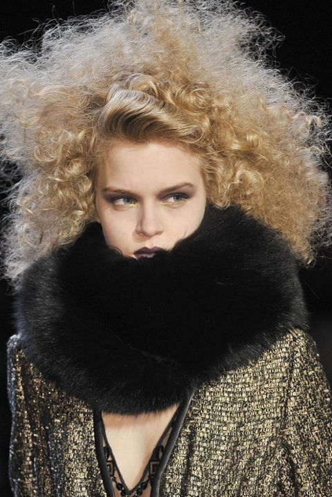 BADGLEY MISCHKA FALL 2012 RTW BEAUTY 002