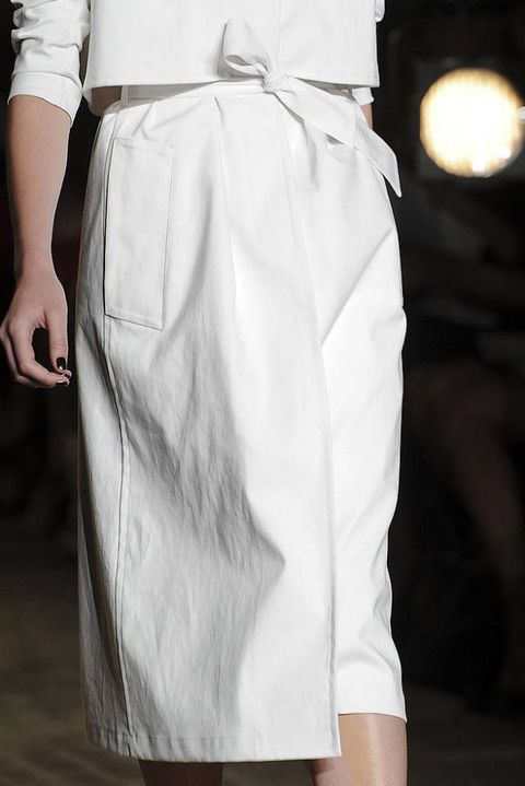 YIGAL AZROUEL SPRING 2012 RTW DETAILS 002