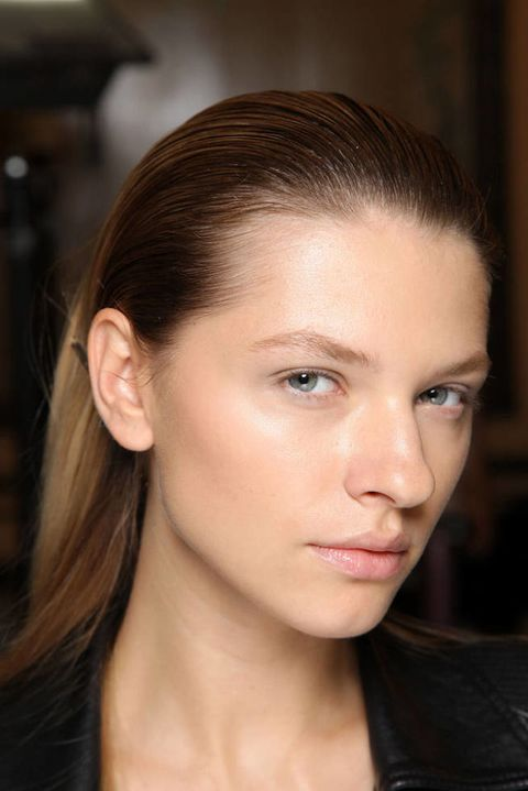 ANDREW GN SPRING 2012 RTW BACKSTAGE 001