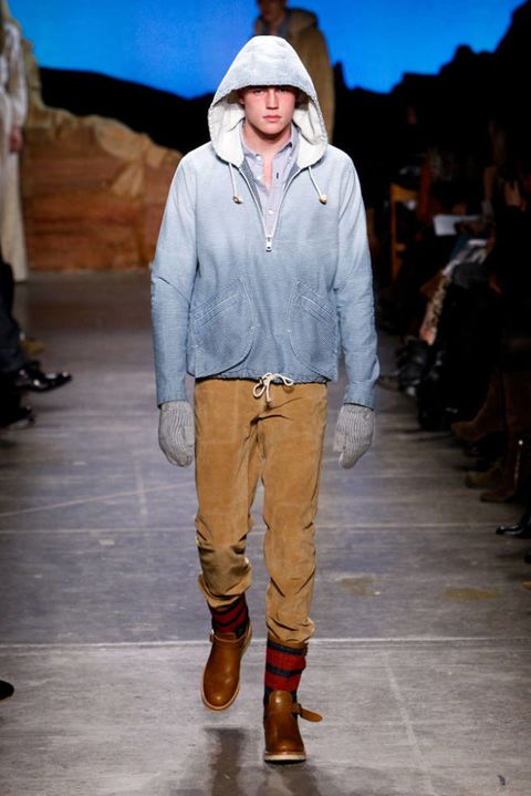 BAND OF OUTSIDERS FALL 2012 RTW PODIUM 003