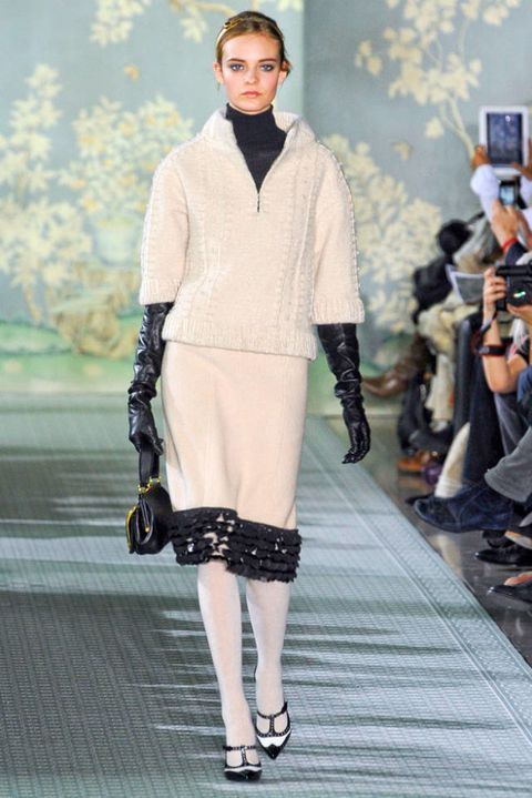 TORY BURCH FALL 2012 RTW PODIUM 002
