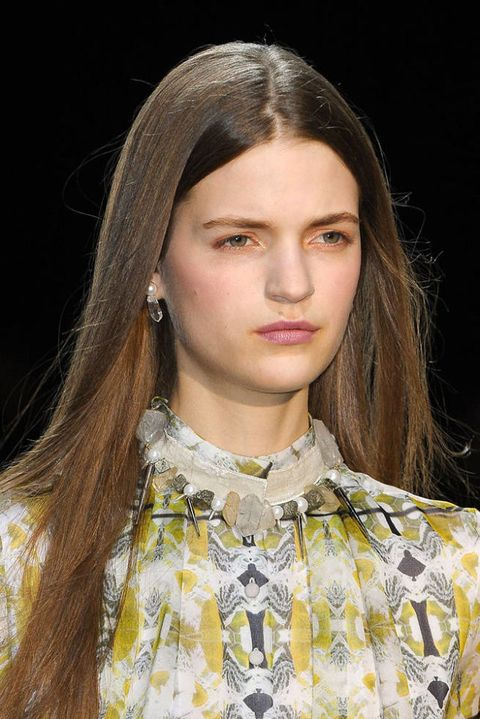 THEYSKENS THEORY FALL 2012 RTW BEAUTY 003