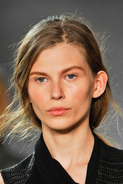 HELMUT LANG FALL 2012 RTW BEAUTY 003