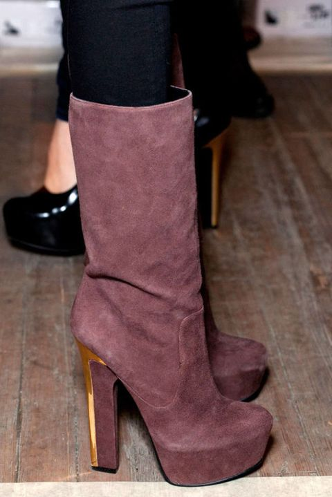 THEYSKENS THEORY FALL 2012 RTW BACKSTAGE 003