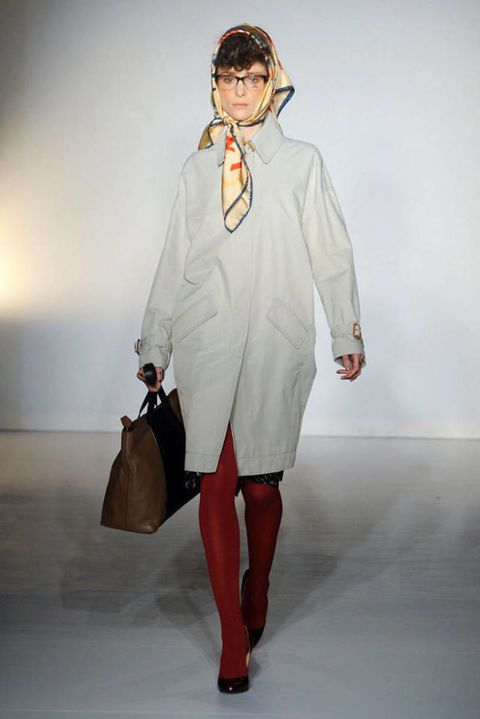 VIVIENNE WESTWOOD RED LABEL FALL 2012 RTW PODIUM 001
