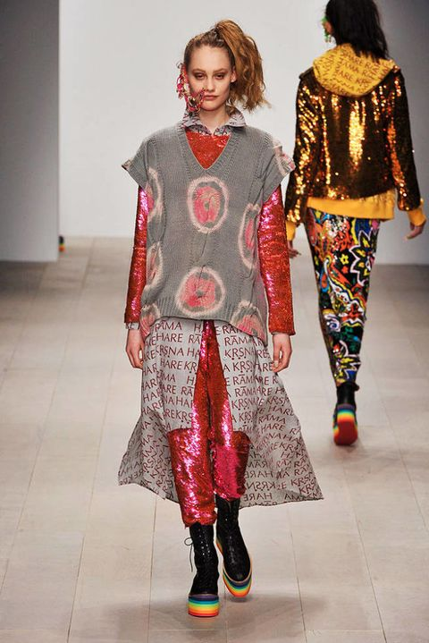 ASHISH FALL 2012 RTW PODIUM 002