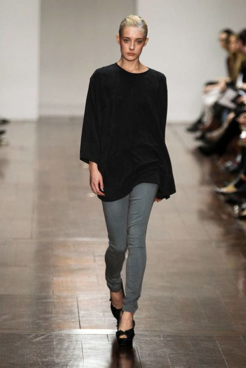 JENA THEO FALL 2012 RTW PODIUM 002