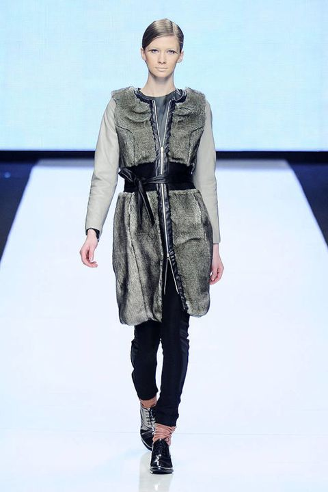 MOI MULTIPLE FALL 2012 RTW PODIUM 002