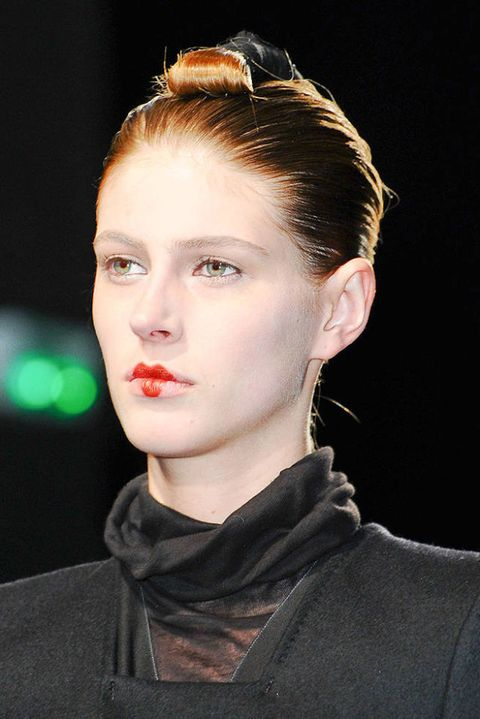 NICOLAS ANDREAS TARALIS FALL 2012 RTW BEAUTY 002